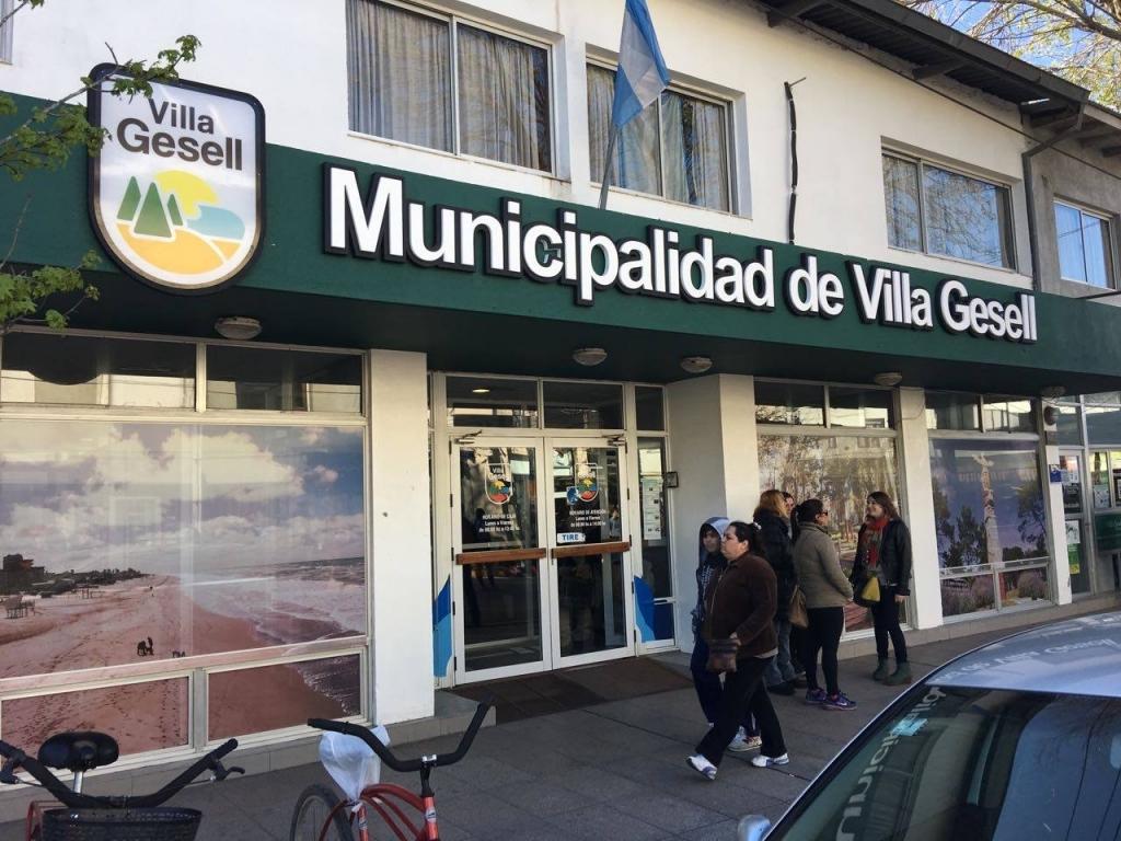 contin a la moratoria de tasas municipales
